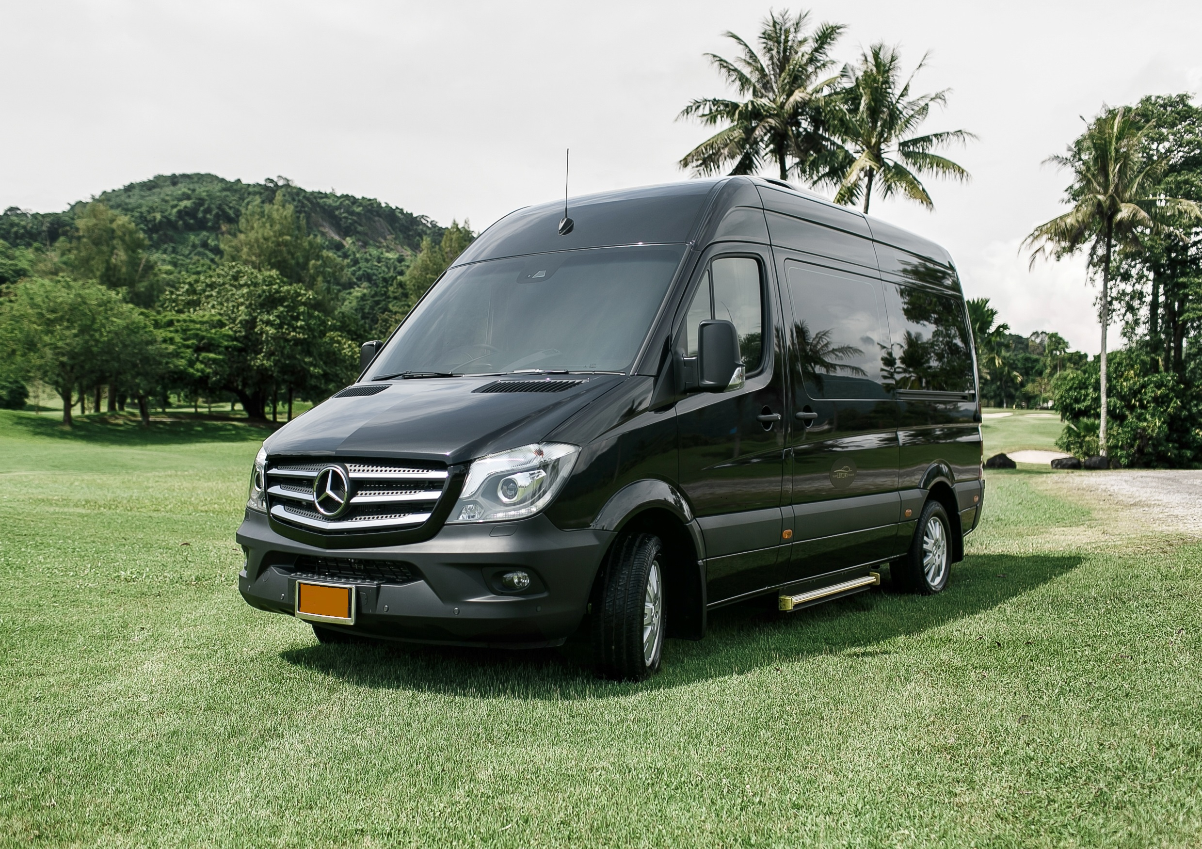 Phuket Luxury Transfers third photo.