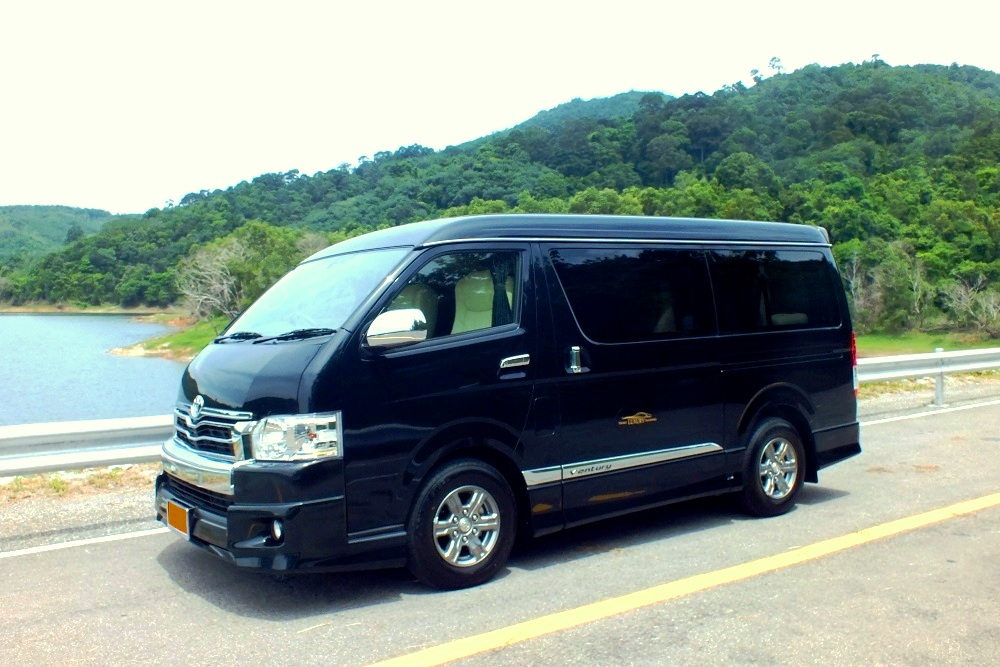 Phuket Luxury Transfers fourth photo.