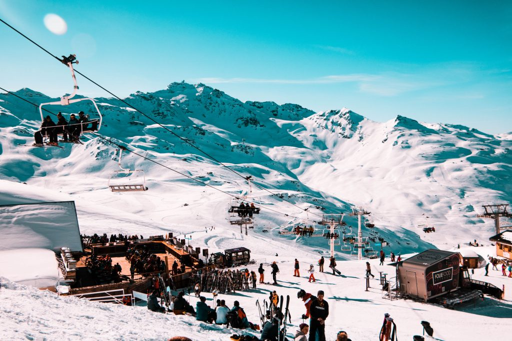 Val Thorens and the Folie Douce restaurant